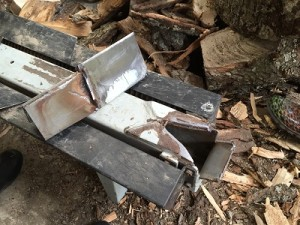 broken log splitter